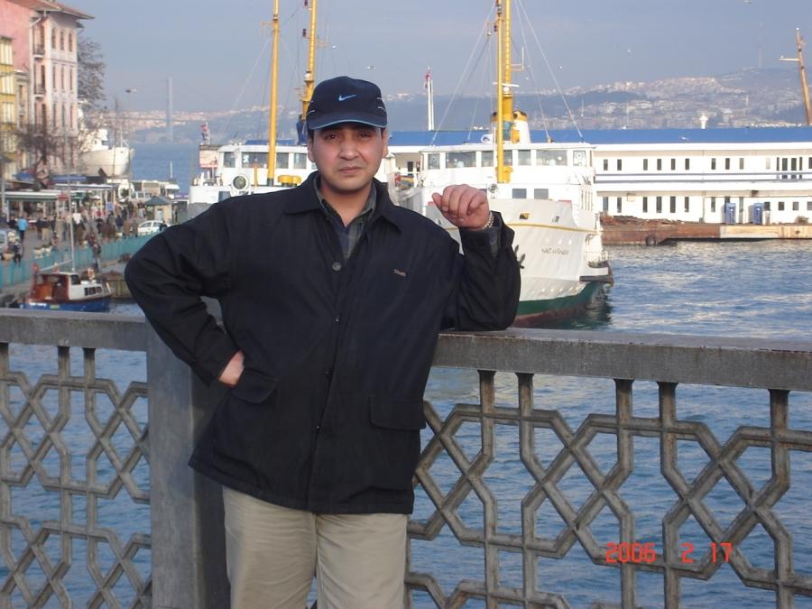 Bayar Nouri, 38, Tripoli, Libya