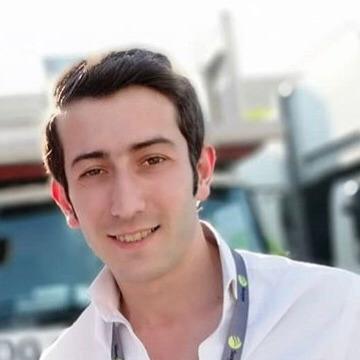 Erdinç, 29, Istanbul, Turkey