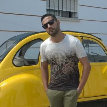 Mahmoud Nouman, 38, Cadiz, Spain