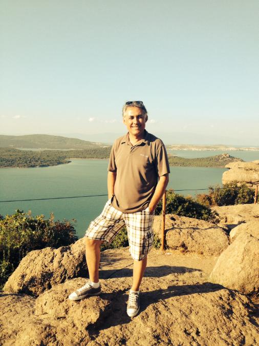 Önder Yıldız, 49, Izmir, Turkey