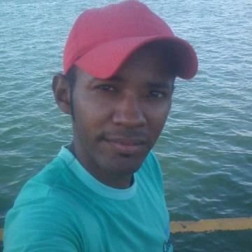 Jackson Cds, 33, Petrolina, Brazil