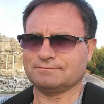 Andrej Petersen, 47, Augsburg, Germany