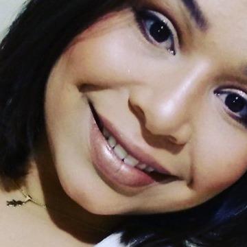 Jhessica Castro, 24, Paranavai, Brazil