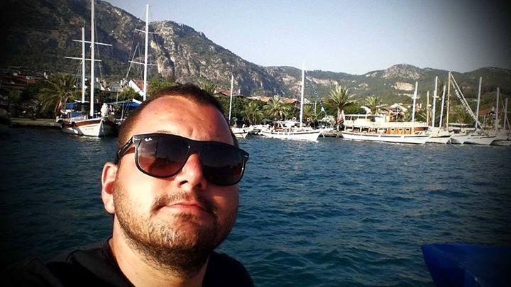 Serkan Yıldırım, 34, Istanbul, Turkey