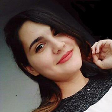 Amina Brahem, 24, Sousse, Tunisia