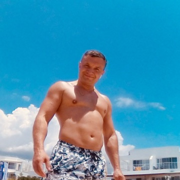 Pavel, 39, Saint Petersburg, Russian Federation
