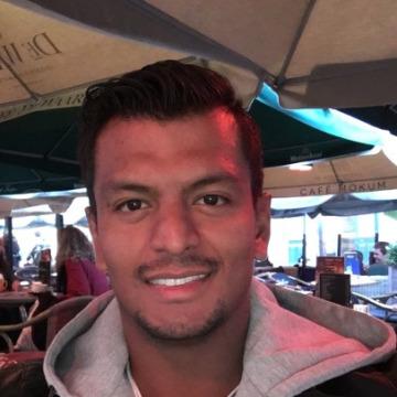 David González Hernández, 25,