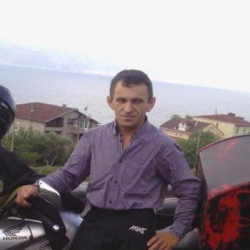 Riza Özden, 48, Istanbul, Turkey