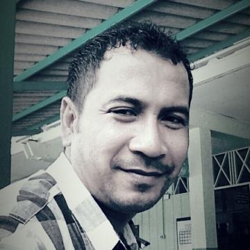 Abdulla Vaenama, 44, Bangkok, Thailand