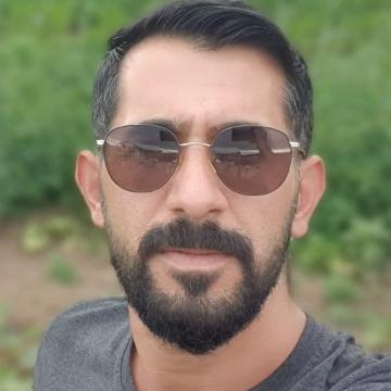 Diyar, 29, Izmir, Turkey