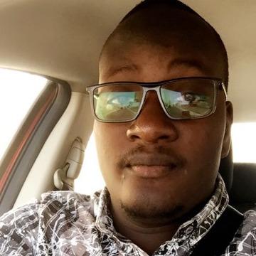 Mofire, 32, Dakar, Senegal