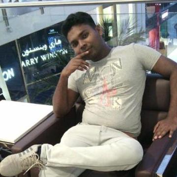 Rooshan, 33, Sharjah, United Arab Emirates