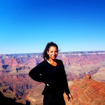 Melanie Thoma, 29, Hilo, United States