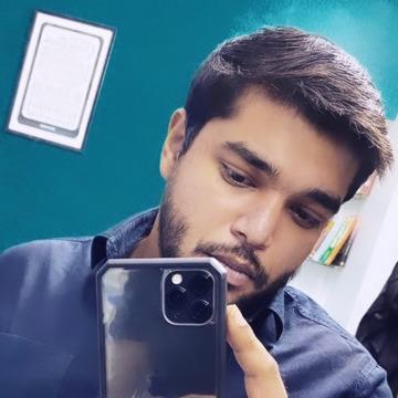 Hasmukh Chaudhari, 22, Mumbai, India