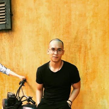 Tony Lê Hoài Anh, 35, Hanoi, Vietnam