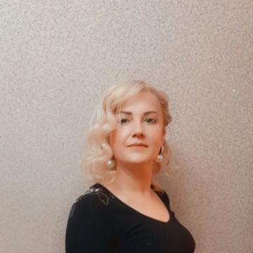 Elena, 48, Homyel, Belarus