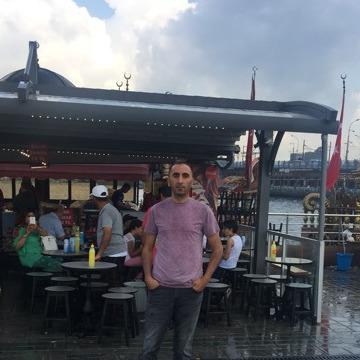 Erdoğan, 34, Istanbul, Turkey