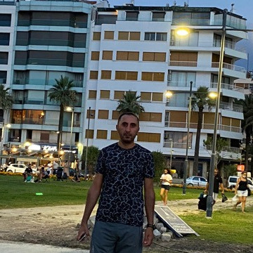 Erdoğan, 35, Istanbul, Turkey