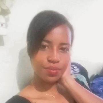 maryi paola, 21, Armenia, Colombia