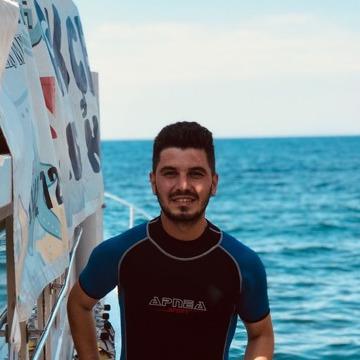 Suleyman, 27, Istanbul, Turkey