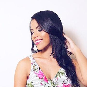 Emanuelle Soares, 23, Santos, Brazil