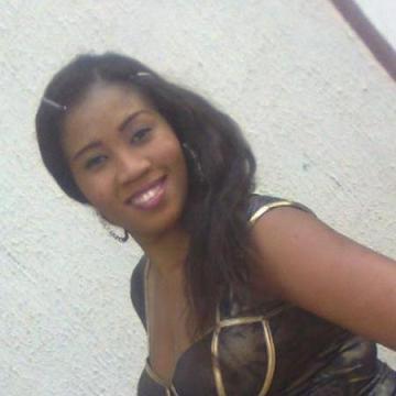 Maria, 28, Dakar, Senegal