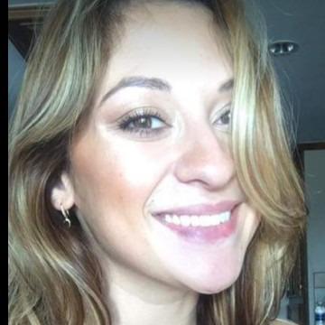 Annie Hernandez, 30, Boston, United States