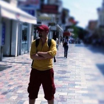 Street Guitarist, 36, Istanbul, Turkey