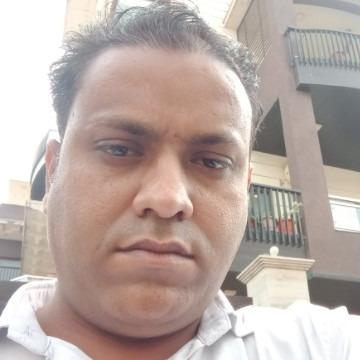 PRAVEEN JI, 30, New Delhi, India