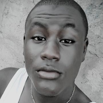 hammadi, 23, Banjul, Gambia