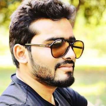 Suleman Sadiq, 27, Lahore, Pakistan