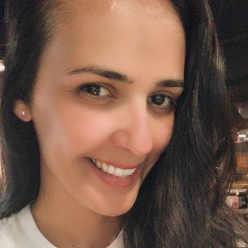 Isabelle M Santana, 41, Natal, Brazil