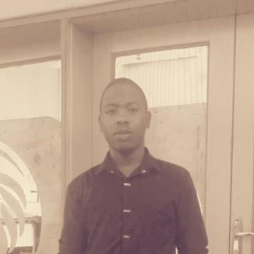 Allanshira, 24, Kampala, Uganda
