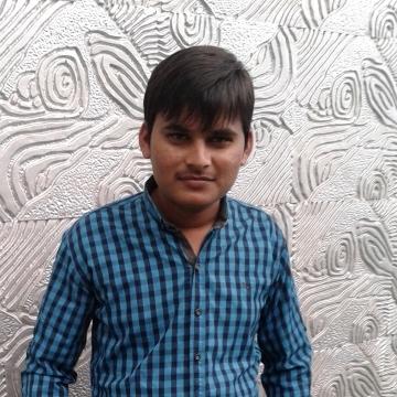 Vicks, 30, Ahmedabad, India