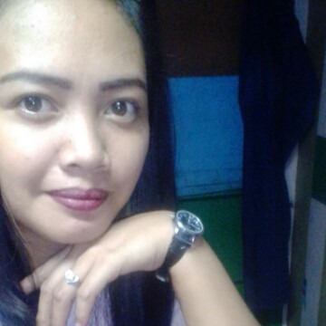 ronalyn, 28, Bacoor City, Philippines