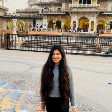 Sangi, 27, Ni Dilli, India