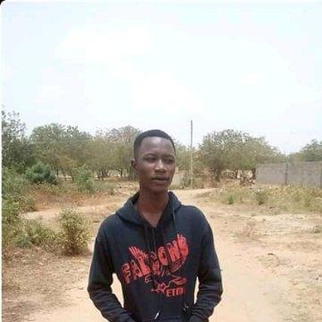 Maxwell, 19, Accra, Ghana