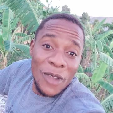 Oneless, 31, Port-au-Prince, Haiti