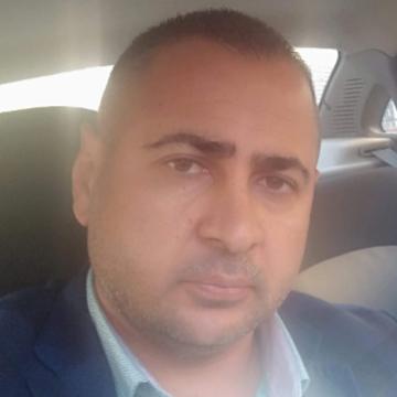 Kemal Topçu, 39, Istanbul, Turkey
