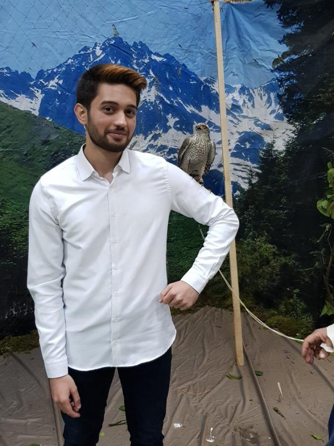 Gökhan, 21, Istanbul, Turkey