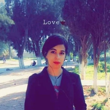Soulef, 22, Oran, Algeria