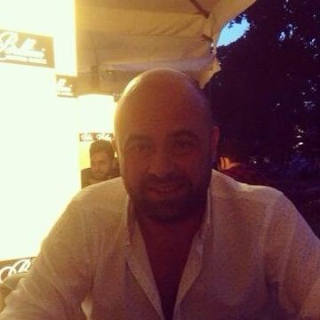 Seckin, 40, Istanbul, Turkey