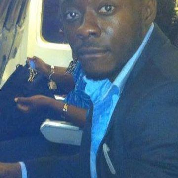 Armstrong, 33, Dakar, Senegal