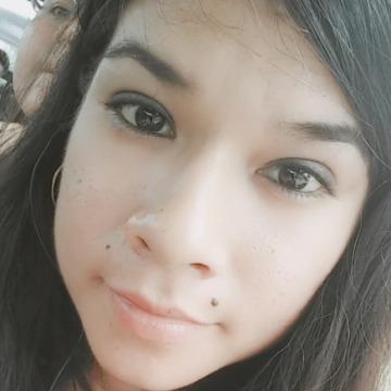 Márioli Yanira Sarrin Yauri, 29, Lima, Peru