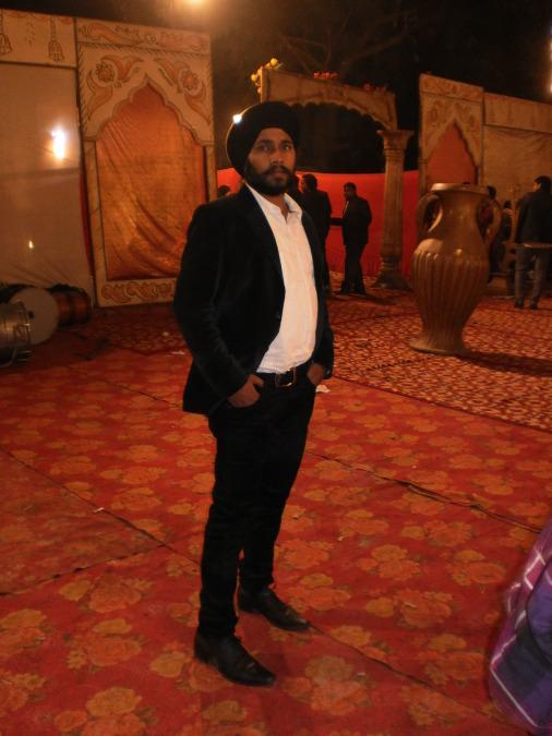 Sandeep Singh, 36, Ni Dilli, India