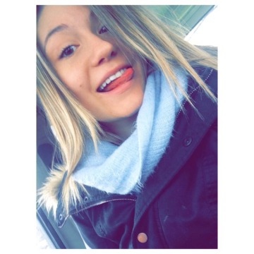 Kimberly Van Gastel, 23, Barrie, Canada