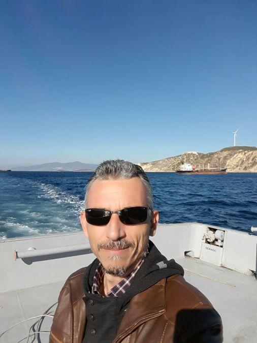 Cem, 47, Izmir, Turkey