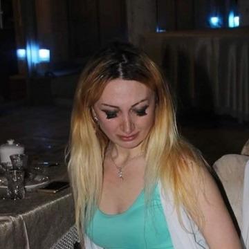 Gunel, 33, Baku, Azerbaijan