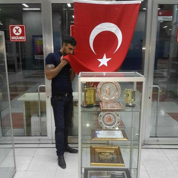 Kemal Karakash Warrıor, 34, Ankara, Turkey