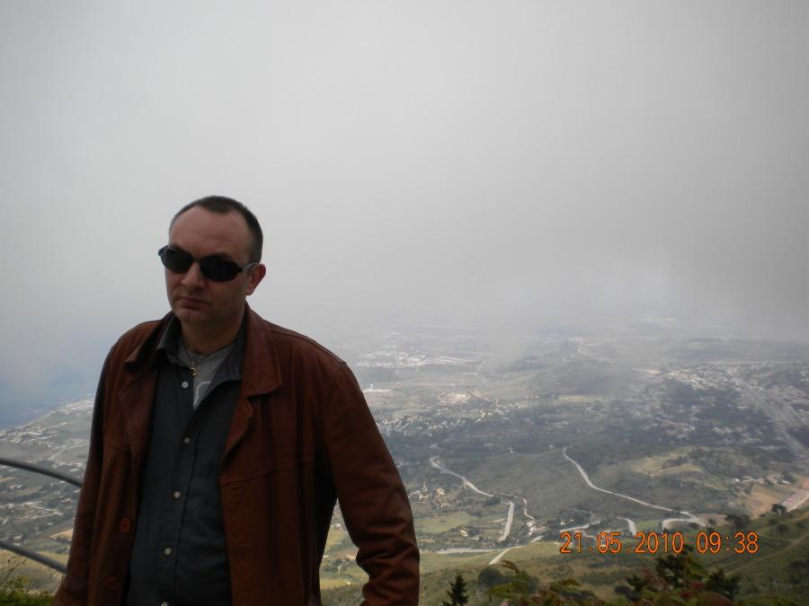 rober, 49, Rome, Italy
